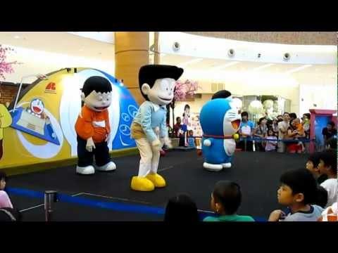 DORAEMON & FRIENDS Dancing Performance at Doraemon Holiday Fun (SMS, Tangerang, Indonesia)