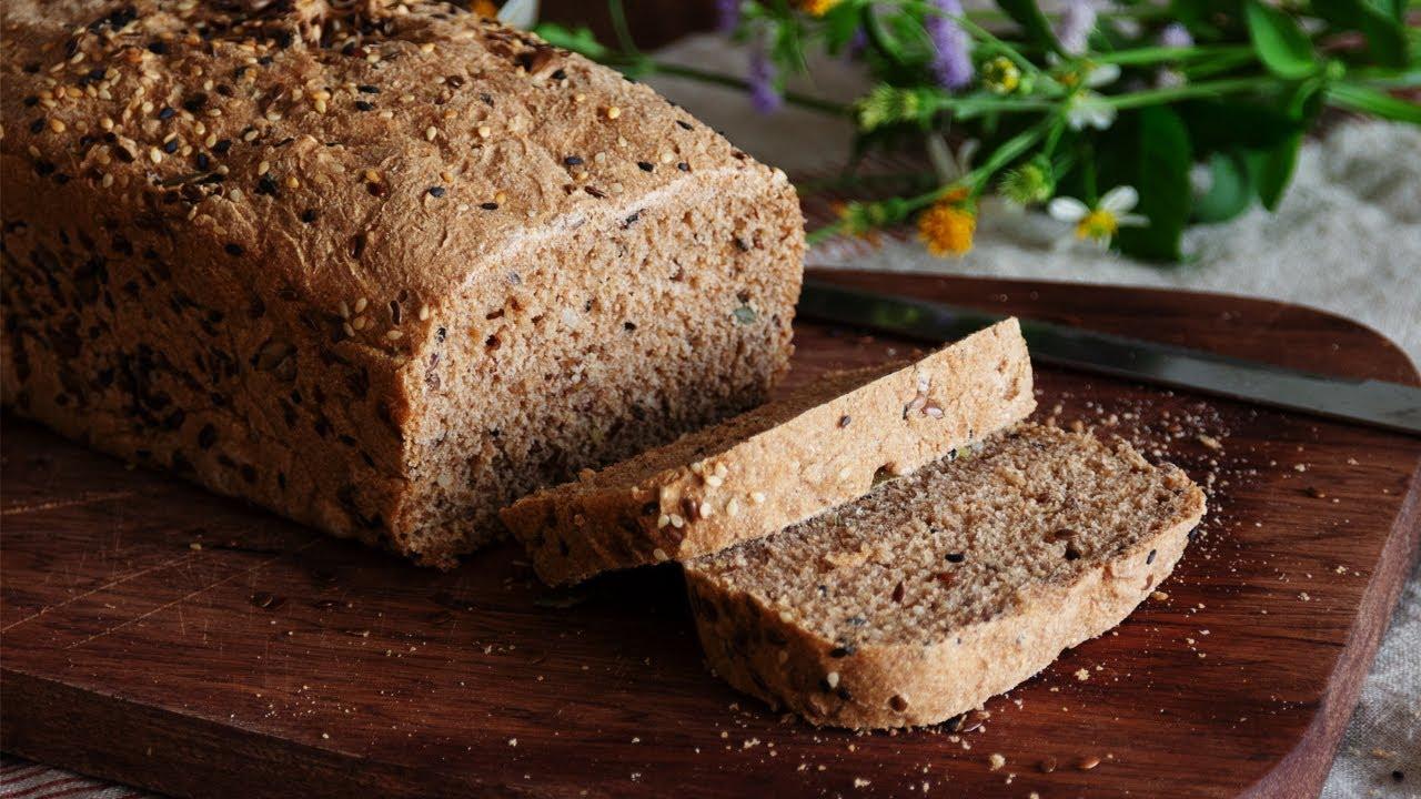 Cách  làm bánh mì nguyên cám mềm xốp không chua men