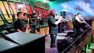 Los Korucos - En vivo desde el Rodeo Huizache