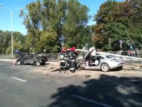 Mercedes Benz Mclaren Slr Crash Youtube
