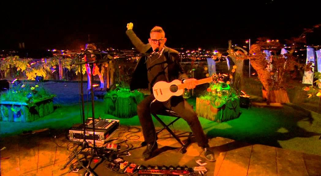 bernhoft-wind-you-up-at-glastonbury-2014-bbc