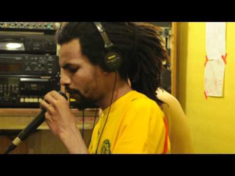 Bredda Sound live at radio canut Lyon France 27th may 2012