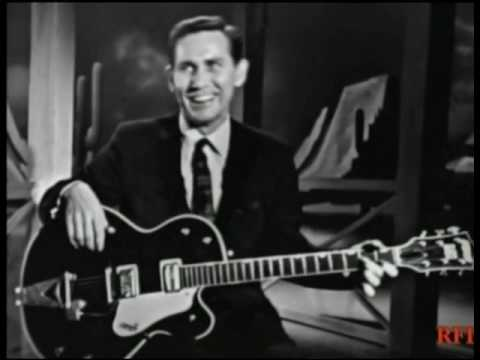 "Chet Atkins - ""Windy and Warm"" & ""Yankee Doodle Dixie"""