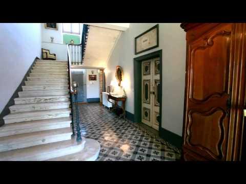 Domaine du Buc - La cage d'escalier se fait une beauté