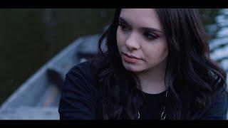 Смотреть клип Alycia Marie - Thunder