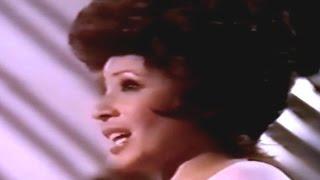 Shirley Bassey - Never Never Never  (Grande Grande Grande) / I Capricorn - (1974 TV Special)