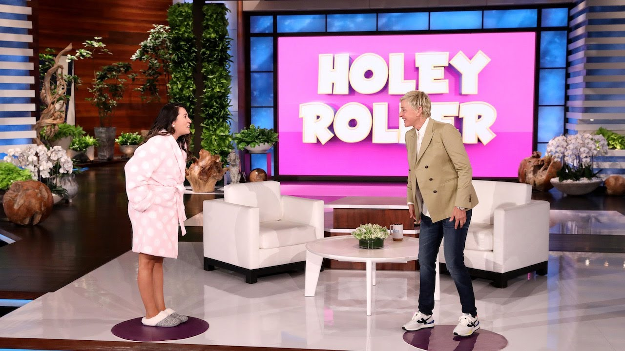 Ellen's Skybox Audience Member Plays 'Holey Roller'!