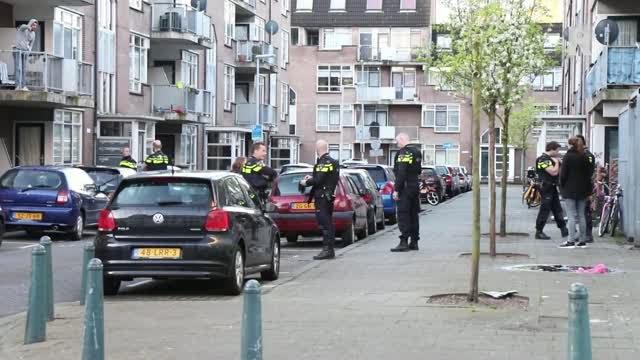 Onderzoek naar mogelijke schietpartij in rotterdam for Rotterdam crooswijk