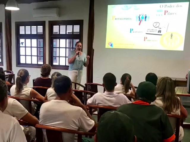 Palestra de Humanização da Psicª Profª Vera Lúcia Furquim