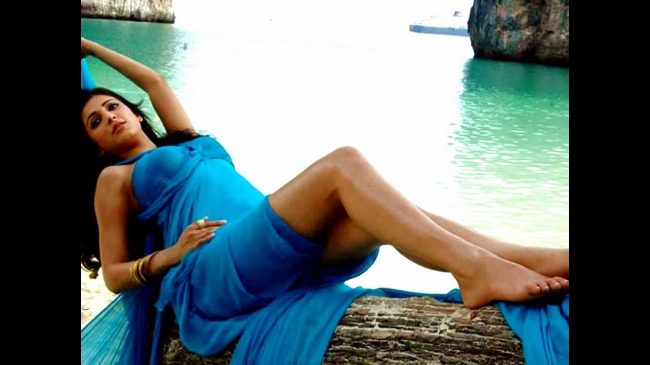 Mun Andhi Saaral Nee Tamil Song Lyrics in English