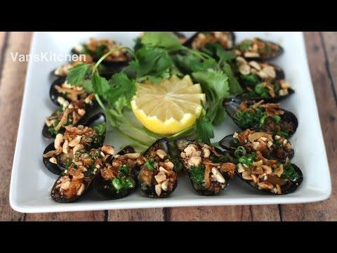 CHEM CHÉP NƯỚNG MỠ HÀNH (Vietnamese grilled mussels)