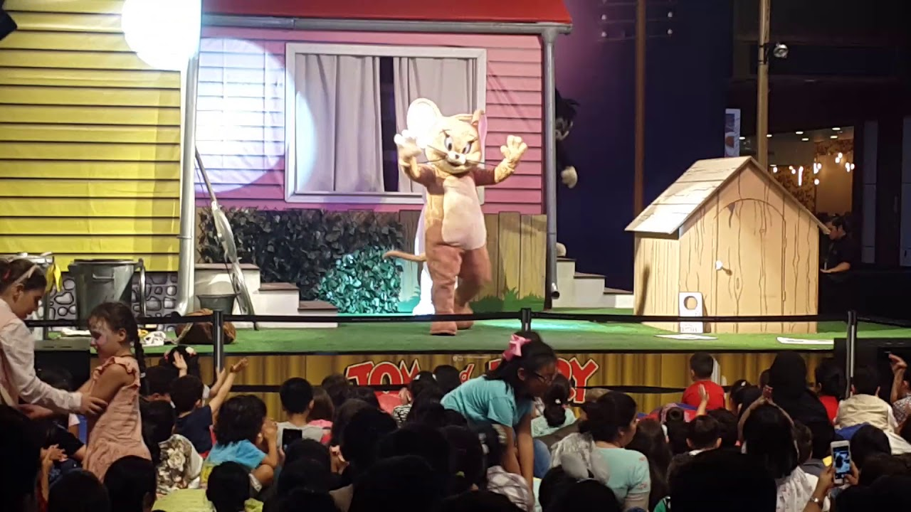 Tom and jerry live show - YouTube