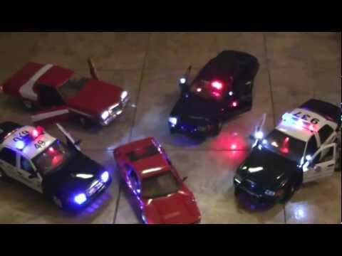 Motormax and or 1:18 Scale Lighted Diecast Police Cars and Sirens