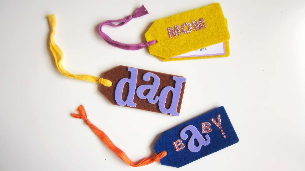 how to make luggage tags with felt diy style tutorial