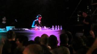 Artificial Kid + Special Guest Live @ Estathè Market Sound