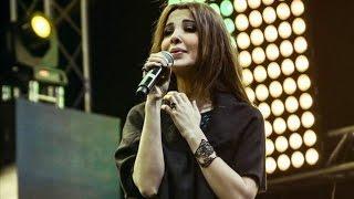 Nancy Ajram نانسي عجرم تغني أغنية محمد منير حارة السقايين