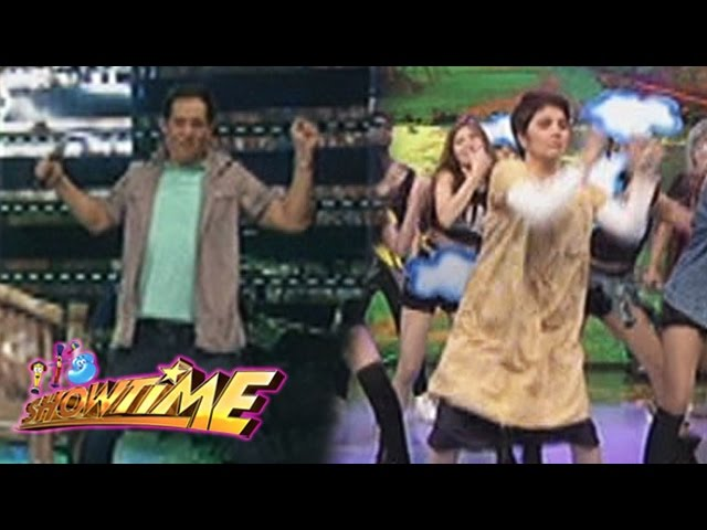 "It's Showtime: Amy and Joey join the ""Ang Kulit"" dance craze"