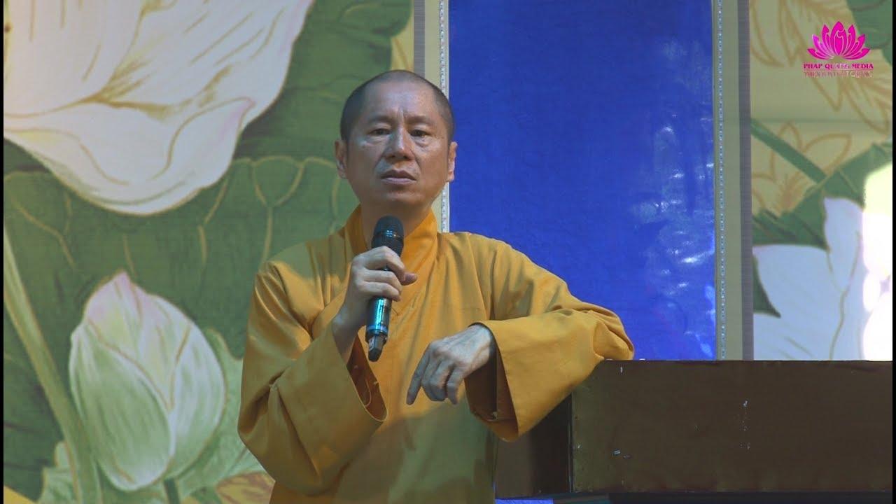 Sư Phụ ban đạo từ Khóa sinh hoạt hè 2017