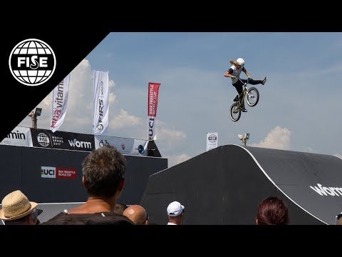 FISE Budapest 2017: UCI BMX Freestyle Park World Cup Women Final - REPLAY