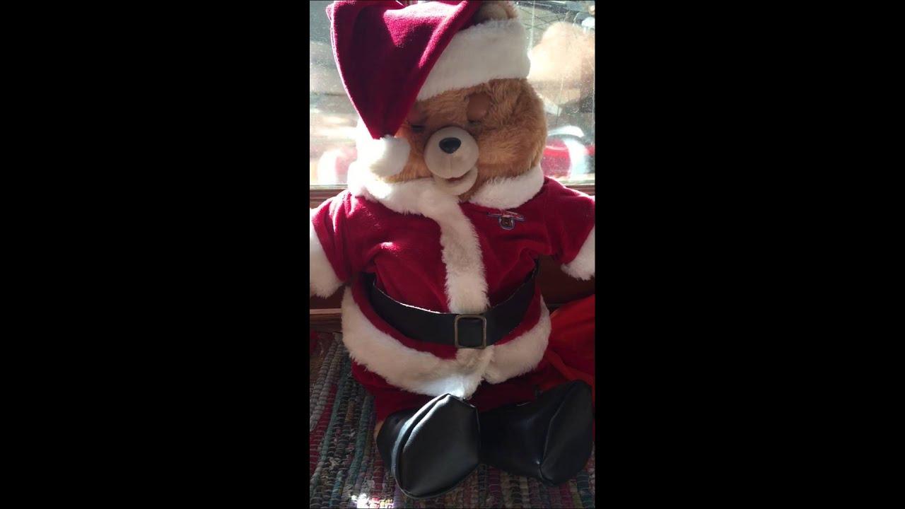 "Teddy Ruxpin sings ""Oh Christmas Tree"" - YouTube"