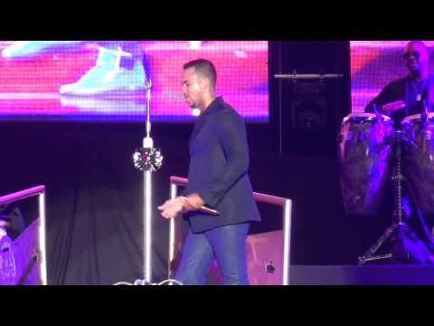 Ver Video de Romeo Santos Romeo Santos 2016 - Promise