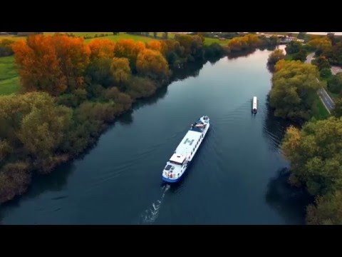 Cruise England's Royal River Aboard the 8 passenger Hotel Ba