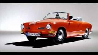 Kleines rotes Cabriolet - Die Strandjungs