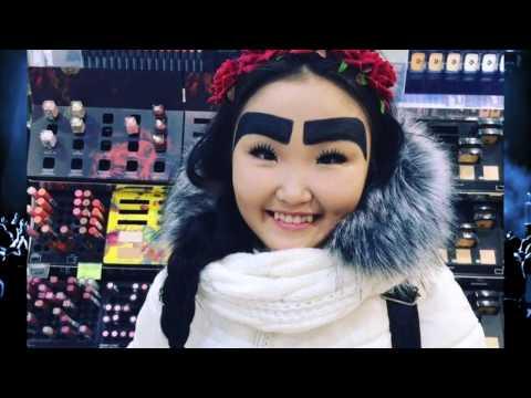 Девушка из Якутии зарабатывает в Instagram на бровях
