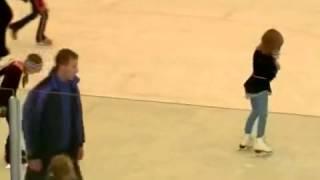 Вращения тренировки на фигурном катании в 6 лет(25 августа 2009 г. Тренировка Машеньки на фигурном катании