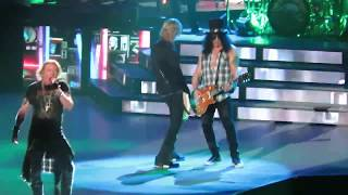 Welcome To The Jungle by Guns N Roses, Staples Center, 11/24/17