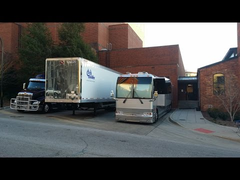 CHICAGO (The Band)Tour Buses Arrive At The Peace Center