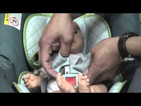 Chicco Keyfit: Correctly Buckle Infant Into Car Seat