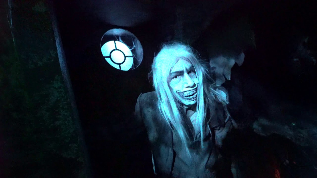 Graveyard Games At Halloween Horror Nights 29 Universal Orlando Opening Night 2019 Youtube