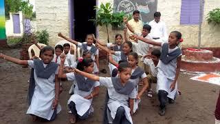 """Gambar cover Students presenting""""Deshbhakti geet""""देशभक्तीपर गीत पहा नक्की,देखीये एक सुंदरसा देशभक्ती गीत,पसंद आये"""