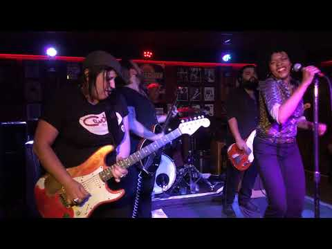 190823 Nikki Hill at Knuckle Down Saloon #1 - YouTube by JazzBluesFlorida