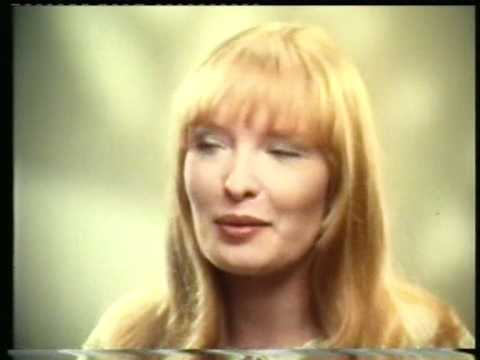 Classic Ads: Head and Shoulders starring Lindsay Duncan