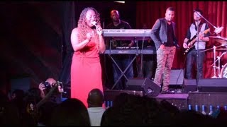 "Ledisi Performs ""Them Changes"" At The Shrine Chicago"