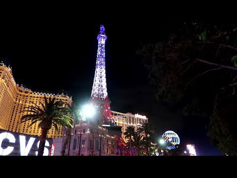 NEW Eiffel Tower Light Show in LAS VEGAS