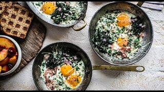How to Make Delicious Baked Eggs with Prosciutto and Parmesan