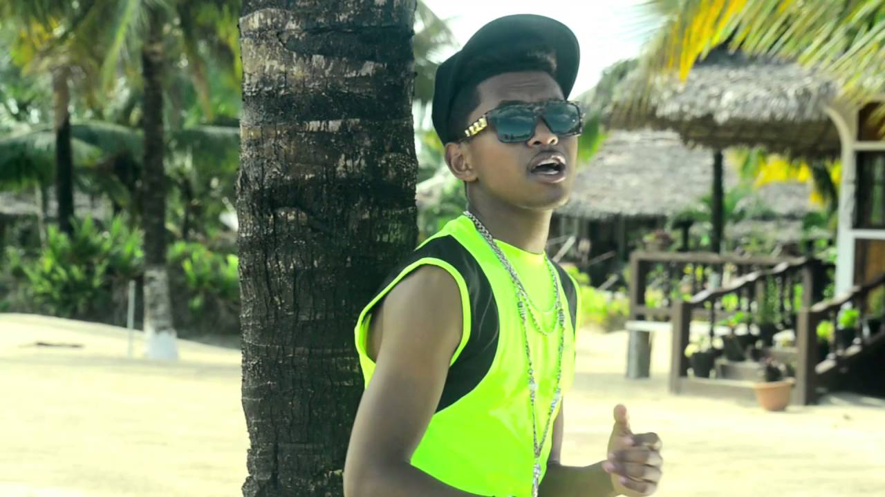 Download M512   Ahatsiarovak' Anao  by DYVAN PIXEL official HD
