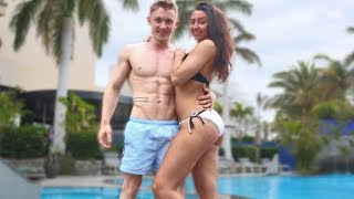 HOLIDAY VLOG! with GIRLFRIEND {Eventful} thumbnail