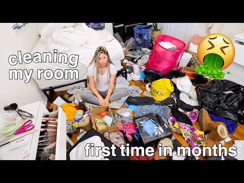 cleaning my room for the first time in months