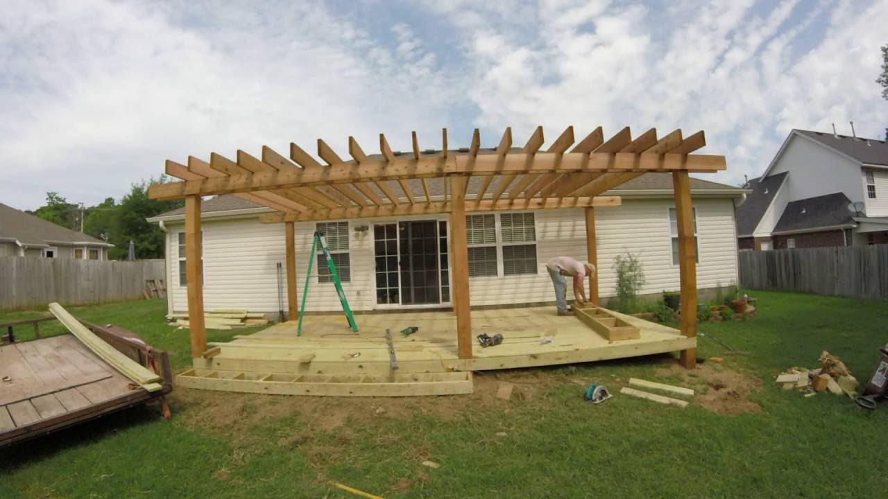 Leeroy crossland deck and pergola contractor fayetteville for Deck builders fayetteville ar