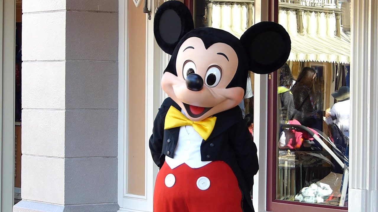 mickey_CharacterMickeyMouseatDisneylandCalifornia-YouTube