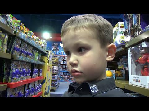 Макс в Дубаи День#8 едем в магазин игрушек и летать в iFly Dubai interteinment & toy store