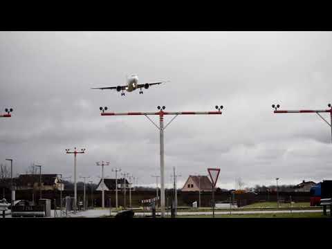 Storm Burglind Wreaks Havoc at Zurich Airport as Pilot Struggles to Land Plane