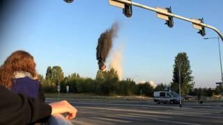 Wybuch, wyburzenie, wysadzenie, upadek komina Chojny Trasa Górna Łódź
