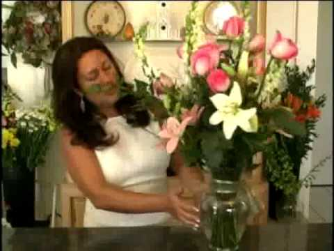 Floral Design w/ Deborah Dolen 101 Vase & Freestyle DEMO Mabel DIY Produced by Deborah Dolen