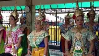 Four faced Buddha ( Phra Phrom ) Thai dancing. Ratchaprasong Bangkok, Thailand.