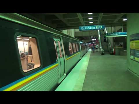 MARTA: Blue Line trains at Dome / GWCC / Philips Arena / CNN Center